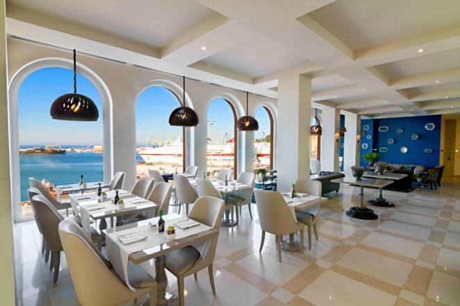Inaugurato il nuovo SeePort Hotel di Ancona _ Arketipo